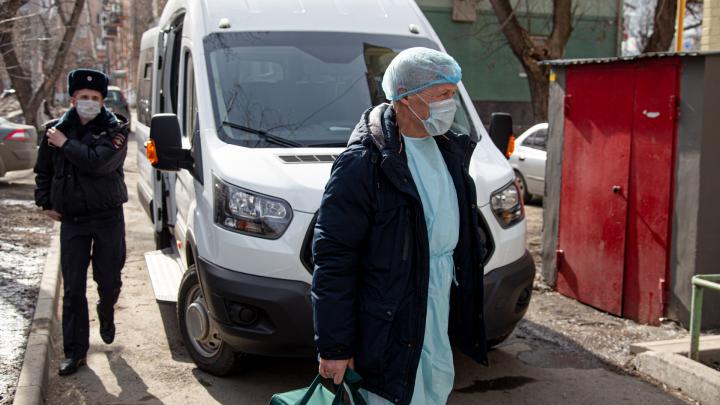 Прилетела с коронавирусом из Москвы: у скончавшейся тюменки были сопутствующие заболевания