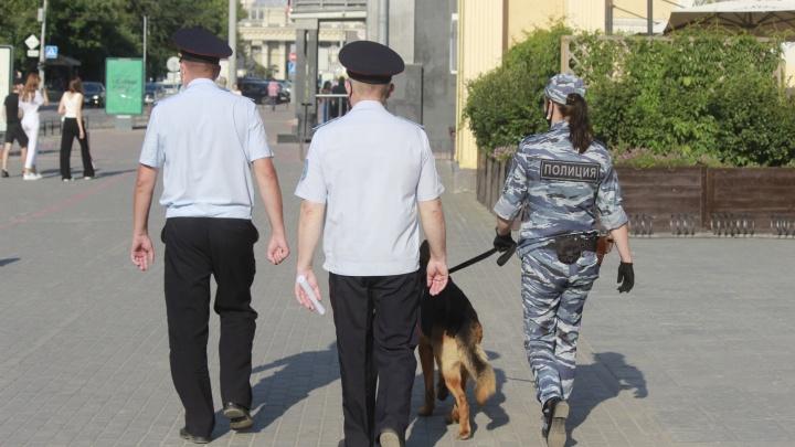 Усиление в городе: НГС выяснил, почему на улицах Новосибирска много полицейских