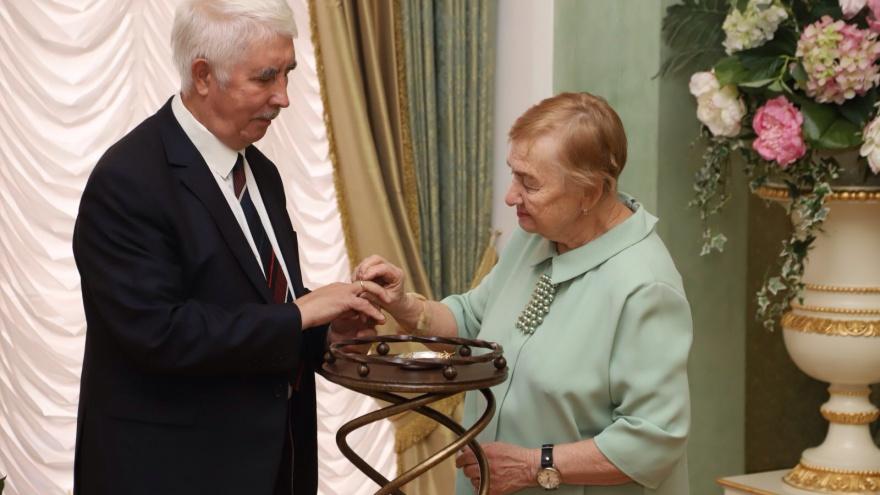 В Тюмени поженились пенсионеры. Жениху — 72года, а невесте — 80лет