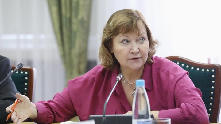 Бывшую руководительницу департамента строительства НАО обвиняют в злоупотреблении полномочиями