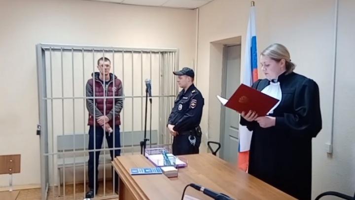После того как в суде Первоуральска убили женщину, уголовное дело завели на участкового