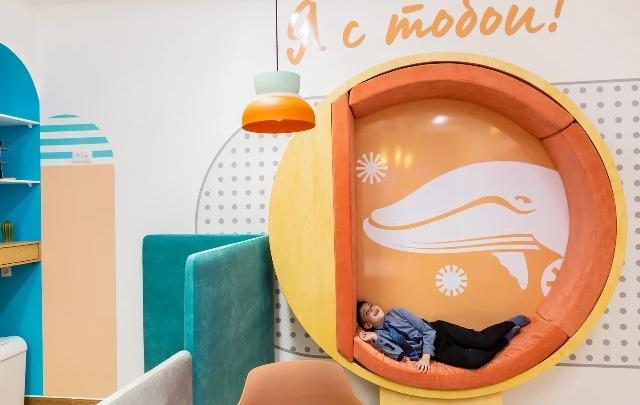 Бьют тату прямо в стоматологическом кресле: в Челябинске откроют детскую клинику необычного формата