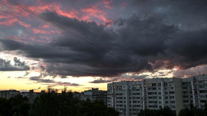 МЧС: в ближайшие часы Нижегородскую область накроют ливни и грозы
