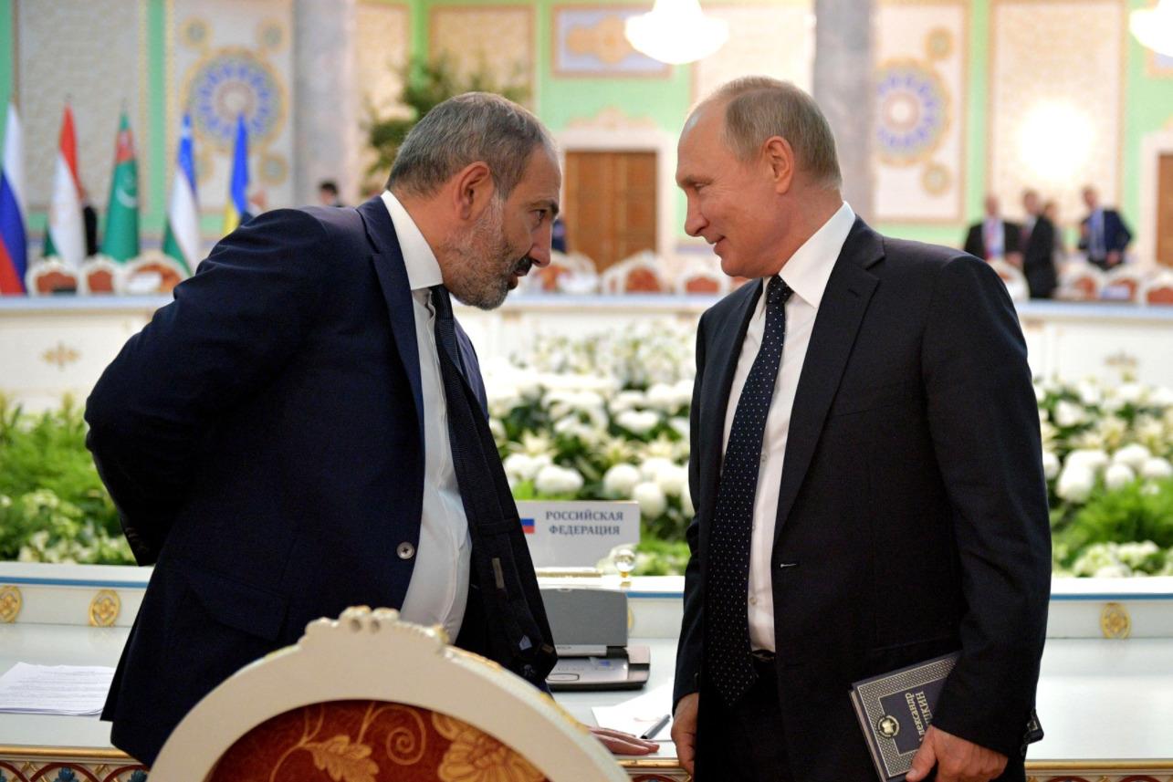 Пашинян и Путин после заседания Совета глав государств СНГ, сентябрь 2018 года