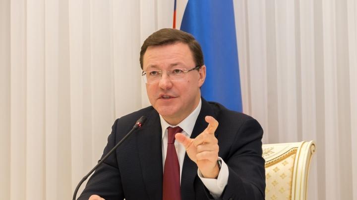 Доход губернатора Дмитрия Азарова за год вырос