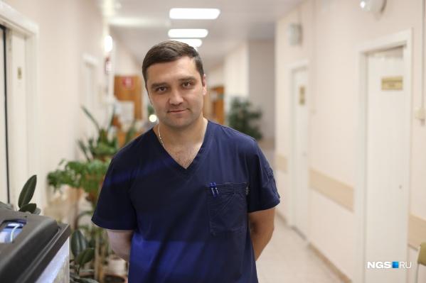 Вадим Козлов рассказывает, чтосвязь возникновения рака лёгкого с курением давно доказана: одно из исследований проводилось ещё в начале XX века в США