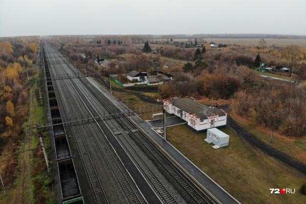В июле 1972 года на станции Ламенская произошло крушение поезда. Пассажирский состав пустили на путь, занятый грузовым. По официальным данным, погибли 58 человек