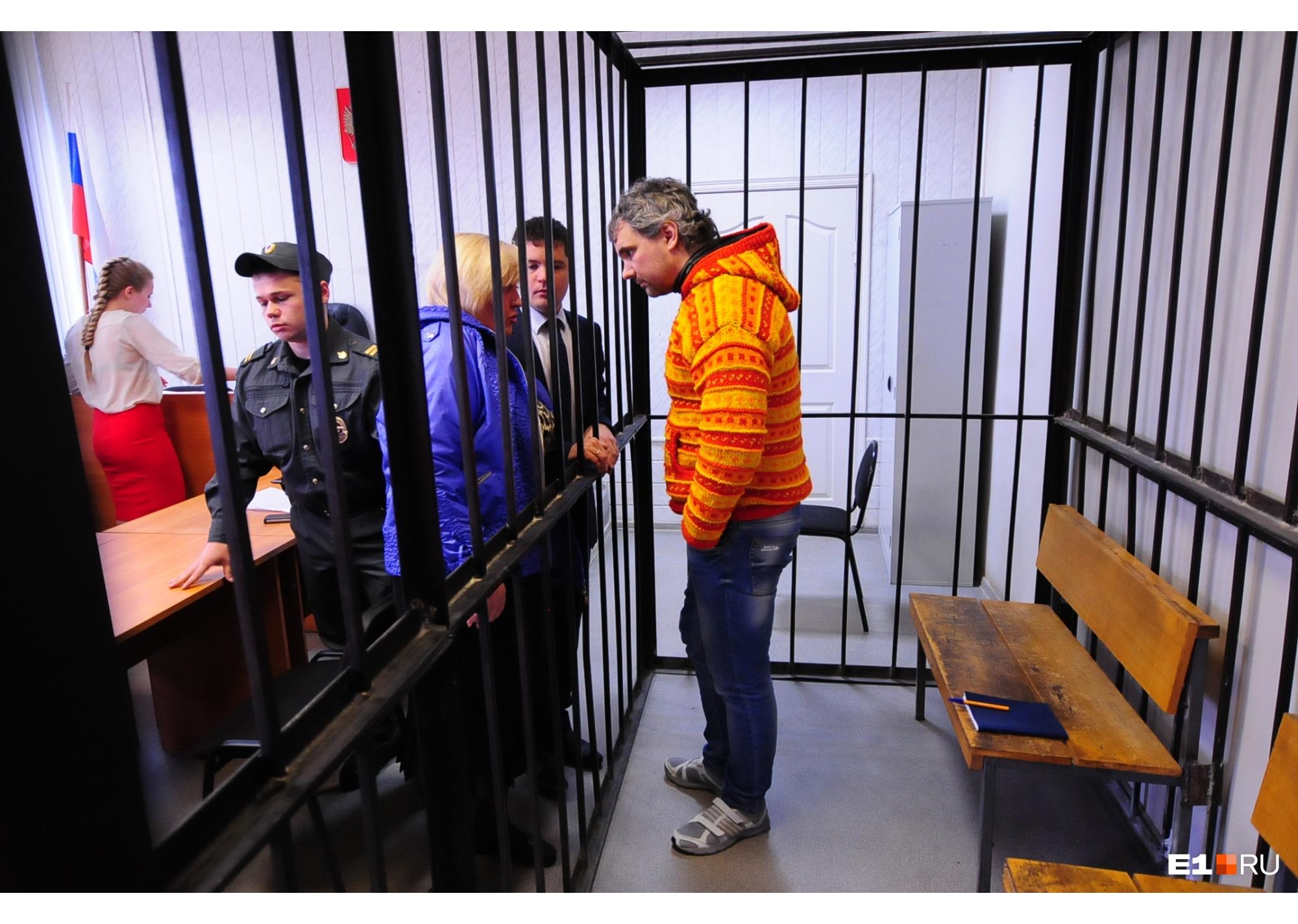 В первый раз суд оправдал Лошагина