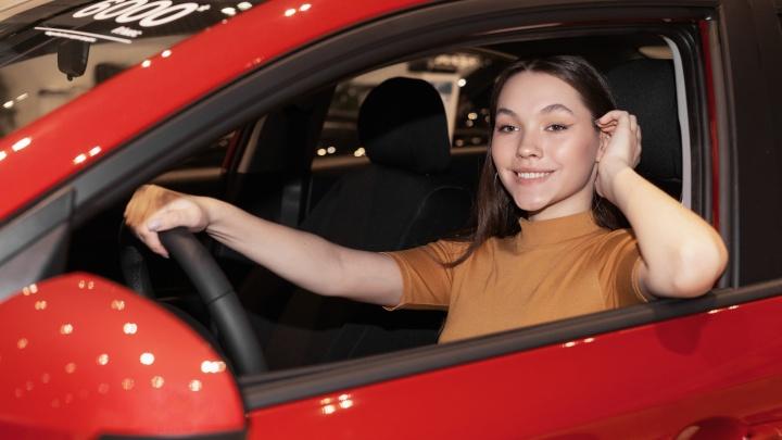 Hyundai «АвтоМакс» приготовил выгодные подарки для защитников Отечества и прекрасных женщин