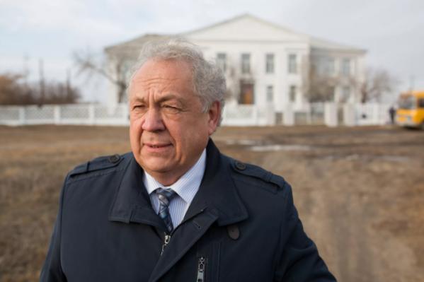 Депутат Заксобрания Челябинской области Николай Янов ранее заявлял, что покончил с бизнесом в Чехии