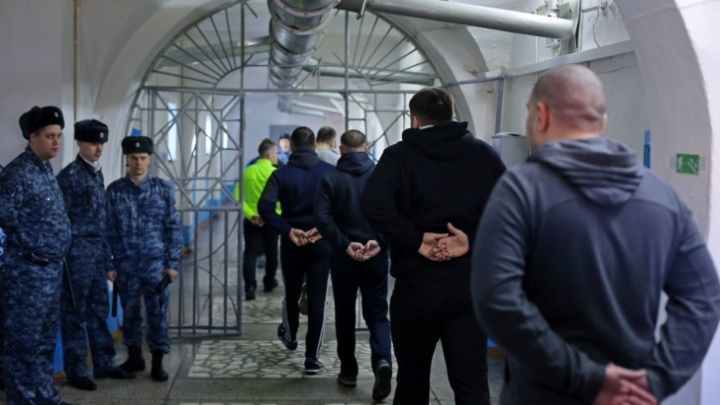 Красноярским заключенным купили сигарет на 42 миллиона рублей