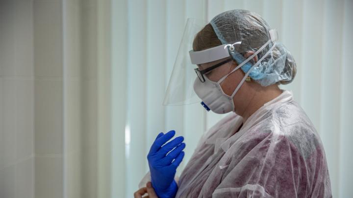 Хроники коронавируса: на Дону 30 человек в тяжелом состоянии на аппаратах ИВЛ