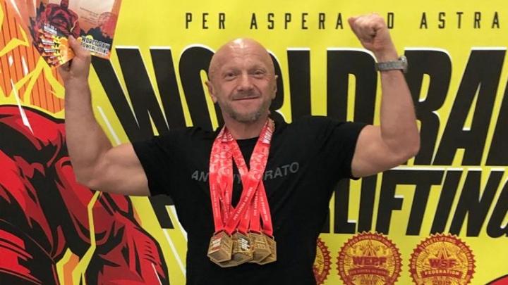 Свердловчанин завоевал шесть золотых медалей на чемпионате мира по стритлифтингу