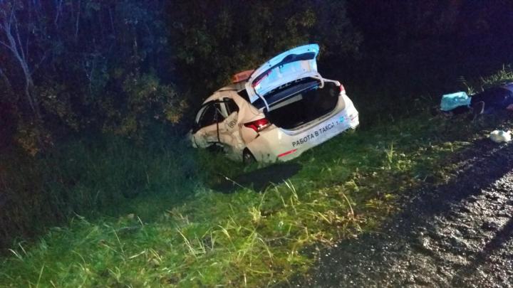Водитель такси умер в больнице после ДТП у Цигломени