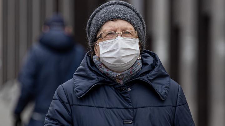 В ближайший месяц коронавирусные ограничения в Челябинской области продлят дважды
