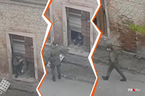 Несколько военных сбежали из училища и отправились в город