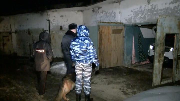 В Екатеринбурге осудили автоугонщика, которого задержали с поличным прямо в его логове