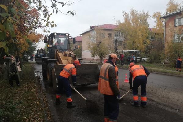 Ежегодно на ремонт дорог по федеральной программе выделяют миллиард рублей