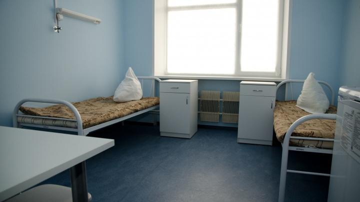 «Пролечиваем больше, чем поступают»: главврач облбольницы рассказал о ситуации с ковидными больными