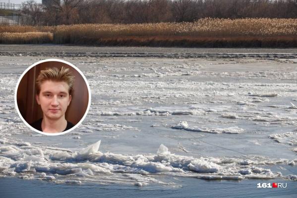 Артём Огиенко увидел происходящее в окно и прибежал на помощь