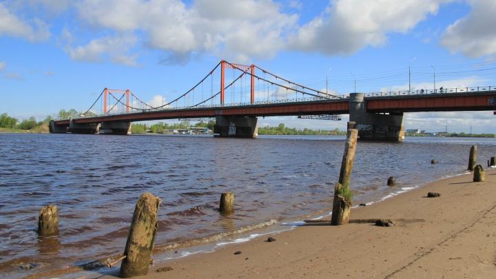 Моряк из Архангельска утонул, купаясь у песчаной косы в Северной Двине