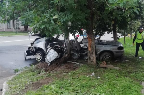В ДТП на улице Свободы в Ярославле погибла 18-летняя девушка