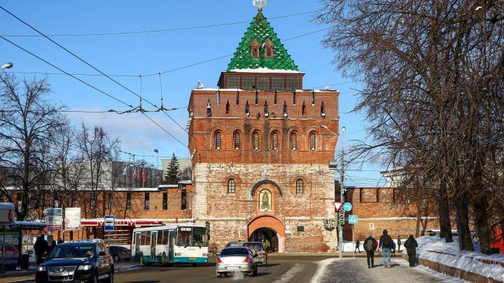 Власти определили фирму, которая займется ремонтом Дмитриевской башни