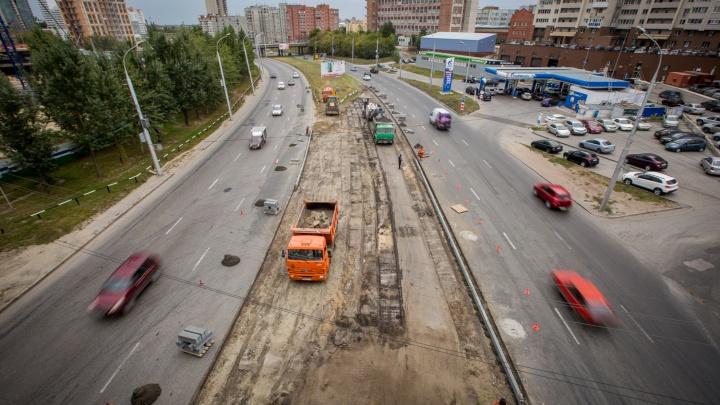Улицу Ипподромскую сузят на две недели ради строительства автострады для четвёртого моста