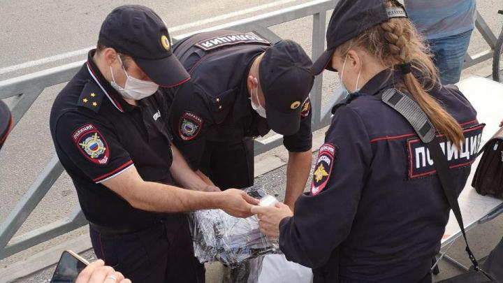В Екатеринбурге на сборщиков подписей за возврат прямых выборов мэра составили протоколы