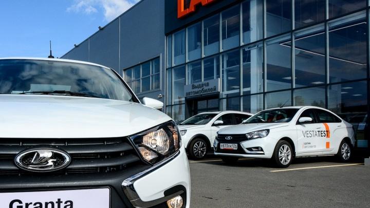 Мартовская агония: продажи машин взлетели на короткий миг