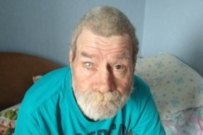 «У него есть два сына»: в Екатеринбурге нашли дедушку с частичной потерей памяти