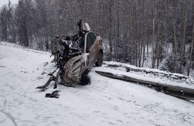 В KIA, который попал в массовое ДТП с автобусом под Первоуральском, погиб отец двоих детей