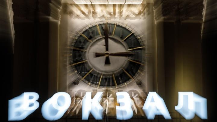 Перевод времени, бесплатные лекарства при COVID-19 и задержание участников чата: коротко о главных новостях Волгограда