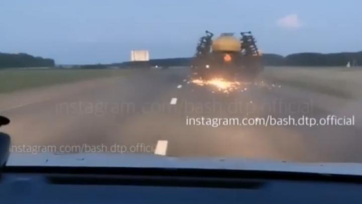 В Башкирии появился свой «Безумный Макс», очевидцы сняли видео