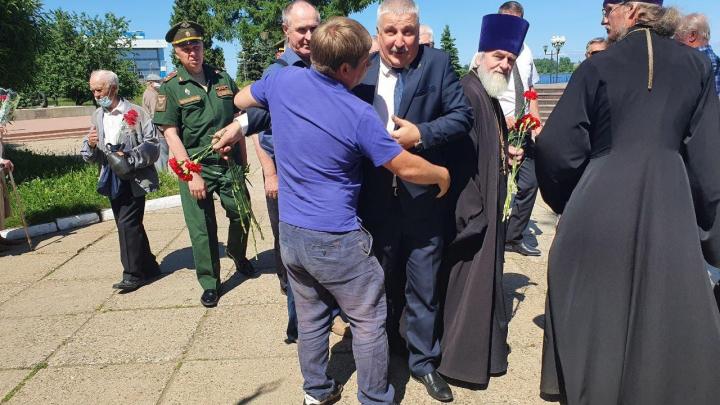 «Это ты такой дерзкий?»: в Ярославской области блогер обвинил мэра Рыбинска в воровстве телефона