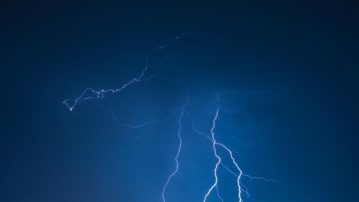 Штормовое предупреждение по Ростовской области продлили до 29 июля