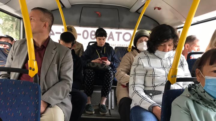 Самарским кондукторам разрешили высаживать пассажиров без масок