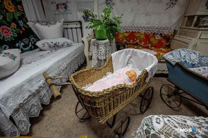 В местном музее собраны вещи коренных жителей Гальбштадта, которые приехали на Алтай в начале 20-х годов прошлого века