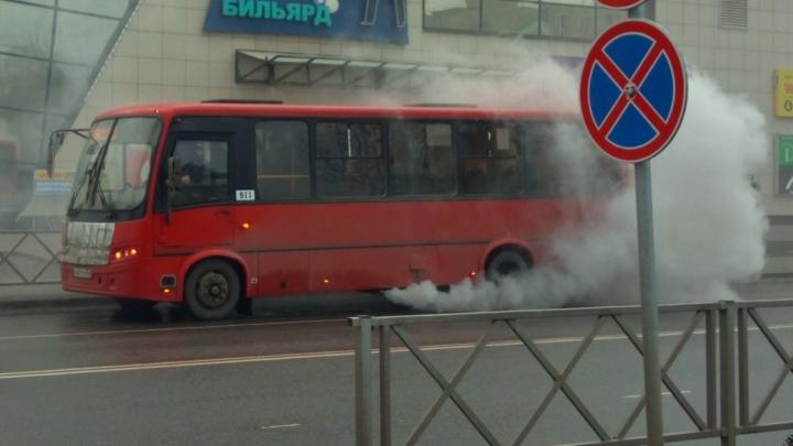 «Душила пассажиров едким выхлопом»: что сказали эксперты про ЧП с маршруткой в Ярославле