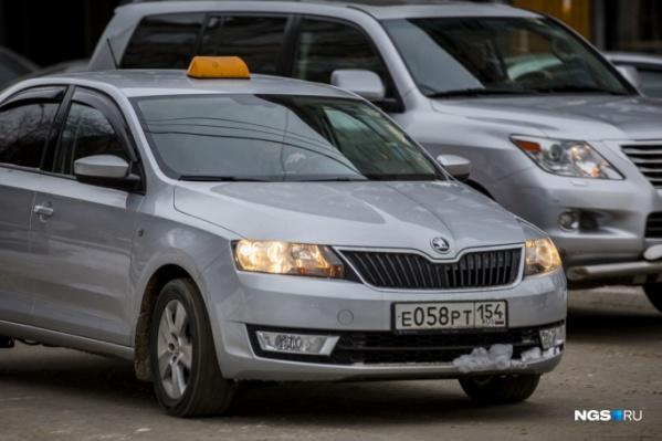 На этой неделе таксисты устроили забастовку — около 50 человек не вышли на линию. Среди них был и Павел Веснин