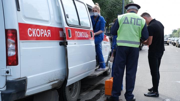 Неожиданно выскочила на дорогу: в зауральском городе сбили трехлетнюю девочку