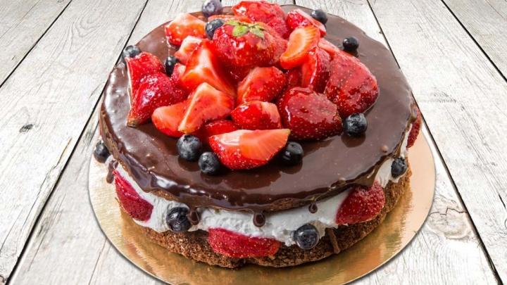 Удовольствие с доставкой на дом: где заказать свежие и вкусные торты, пирожные и выпечку