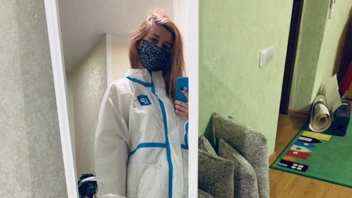 Казенные «тряпочки» лучше: медикам инфекционного госпиталя в Калаче запретили надевать подаренные костюмы