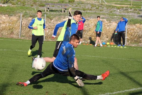 Две с половиной недели«Шинник» тренировался на Кипре