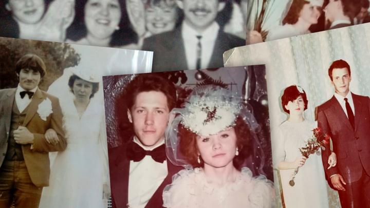 Шляпки, рюши и танцы под «Вояж»: смотрим, как южноуральцы играли свадьбы в СССР и в 1990-е