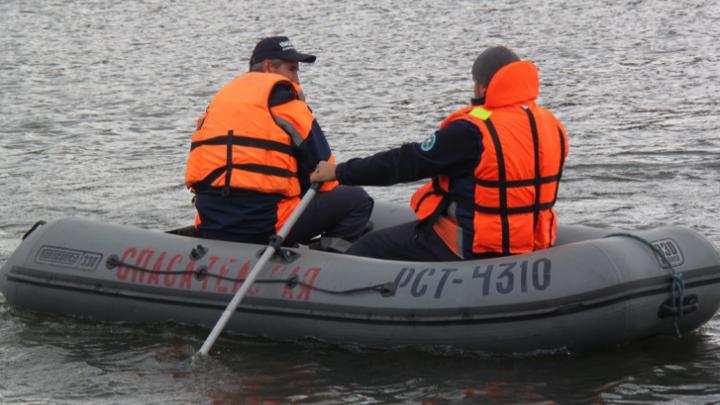 На Красноярском море нашли тело рыбака, пропавшего 5дней назад