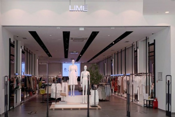 Магазин Lime находится на первом этаже торгового комплекса