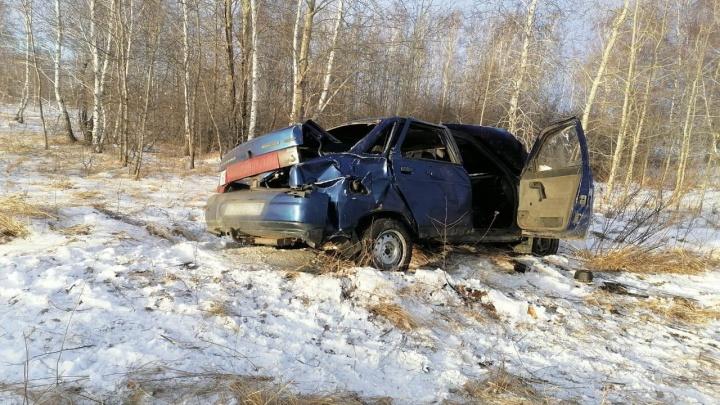 Пожилой водитель не стравился с управлением: в Зауралье в ДТП погиб мужчина
