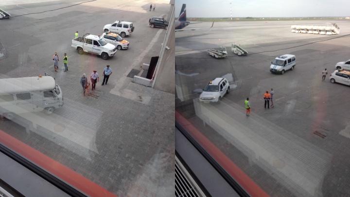 В аэропорту Челябинска задержали рейсы из-за сообщения о бомбе