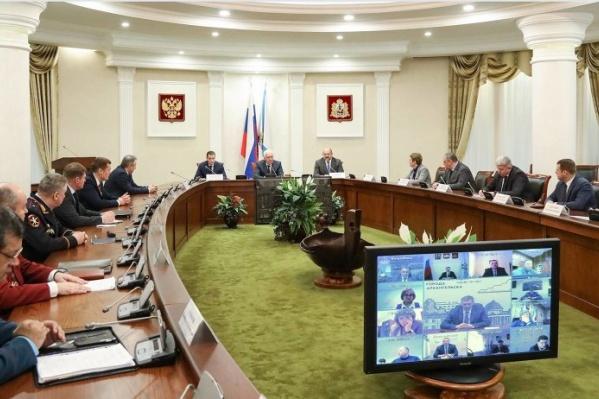 Власти региона представили врио губернатора Александра Цыбульского